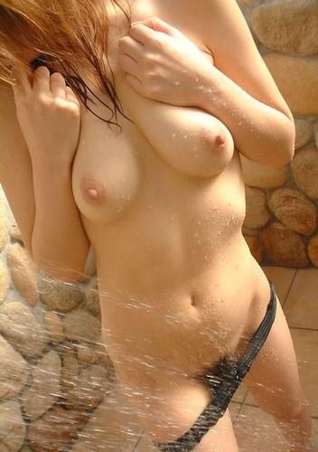 【おっぱい】ウブな女の子ということが手に取るように分かっちゃう乳首がピンクな女の子のおっぱい画像がエロすぎる!【30枚】 23