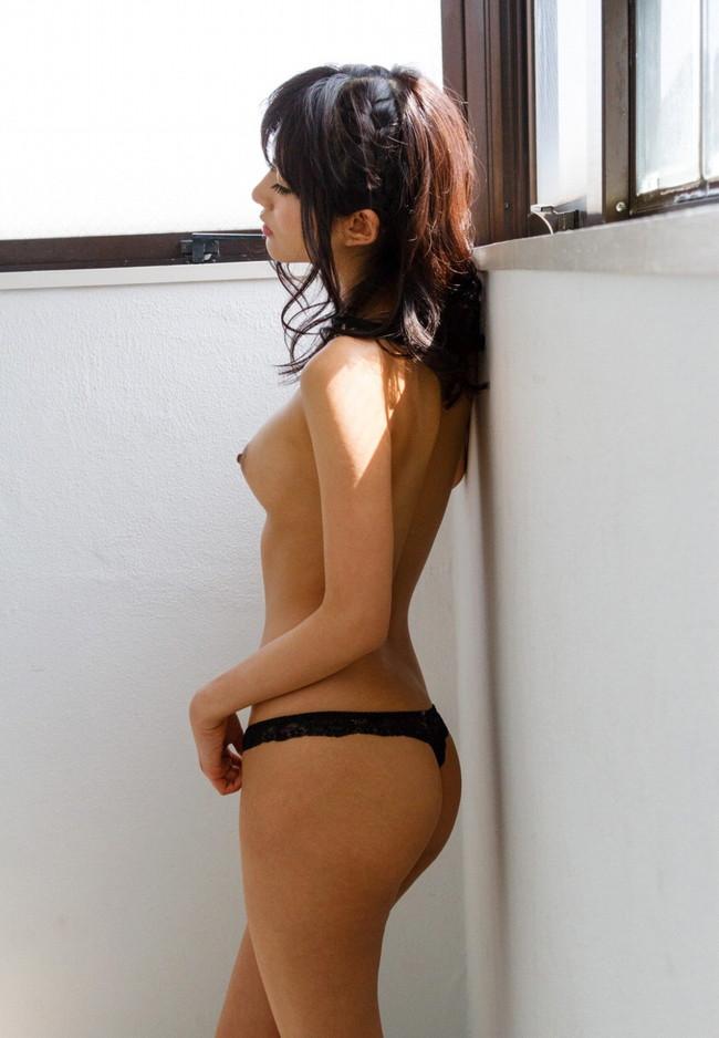 【おっぱい】スレンダーなモデル体型で男を圧倒してしまう長身な女の子のおっぱい画像がエロすぎる!【30枚】 08