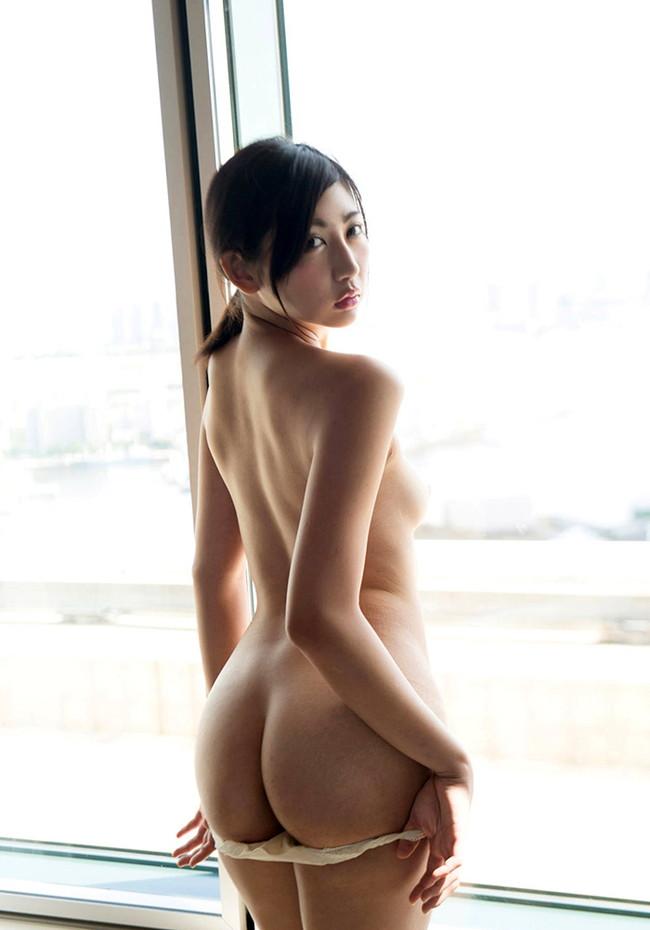 【おっぱい】スレンダーなモデル体型で男を圧倒してしまう長身な女の子のおっぱい画像がエロすぎる!【30枚】 23