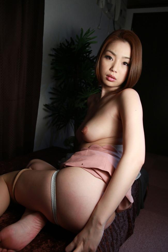 【おっぱい】Gカップの巨乳で痴女られたい女優として大人気だったかすみりさちゃんのおっぱい画像がエロすぎる!【30枚】 05