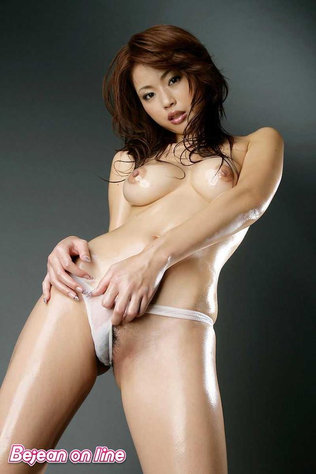 【おっぱい】Gカップの巨乳で痴女られたい女優として大人気だったかすみりさちゃんのおっぱい画像がエロすぎる!【30枚】 30