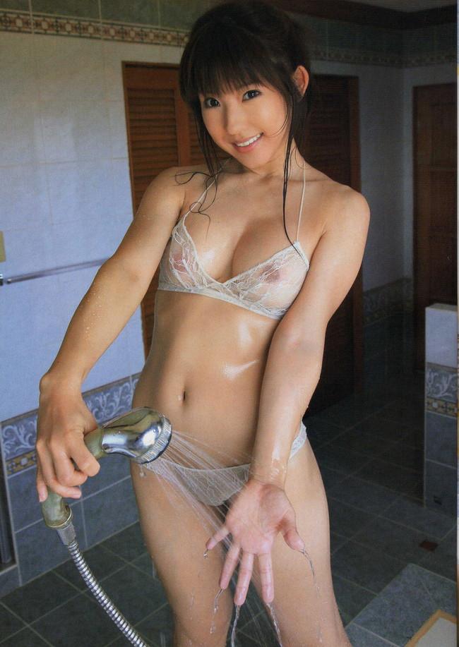 【おっぱい】才色兼備でGカップのグラビアアイドルの川奈栞ちゃんの大きなおっぱい画像がエロすぎる!【30枚】 01