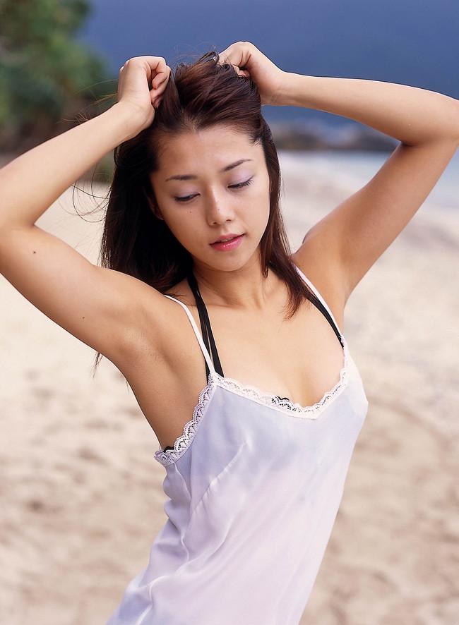 【おっぱい】キャンペーンガールからグラビアまで幅広く活躍していた吉岡美穂さんの画像がエロすぎる!【30枚】 08