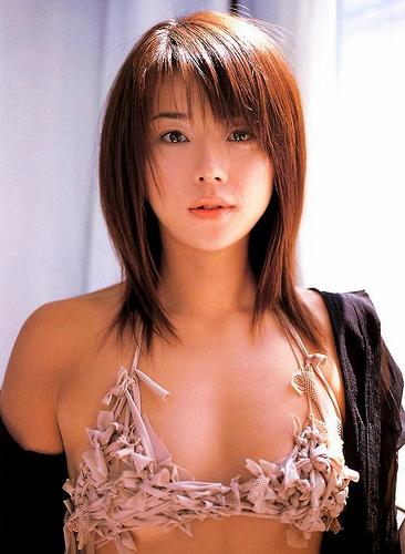 【おっぱい】キャンペーンガールからグラビアまで幅広く活躍していた吉岡美穂さんの画像がエロすぎる!【30枚】 18