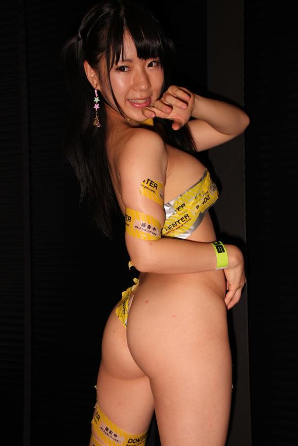 【おっぱい】ブログも写真集も過激すぎて大人気!爆乳グラビアアイドルの雨宮留菜ちゃんのおっぱい画像がエロすぎる!【30枚】 26