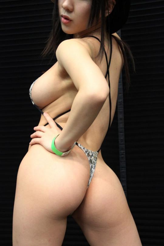 【おっぱい】ブログも写真集も過激すぎて大人気!爆乳グラビアアイドルの雨宮留菜ちゃんのおっぱい画像がエロすぎる!【30枚】 28