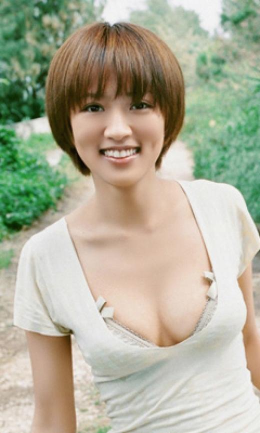 【おっぱい】女優としてもグラビアでもタレントとして大活躍中の夏菜さんの画像がエロすぎる!【30枚】 10