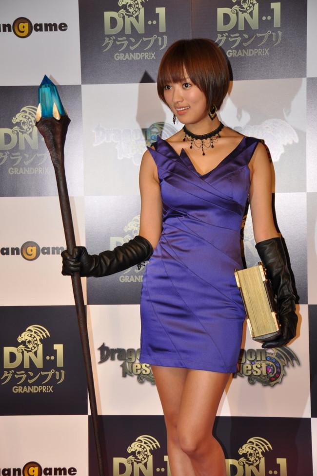 【おっぱい】女優としてもグラビアでもタレントとして大活躍中の夏菜さんの画像がエロすぎる!【30枚】 13