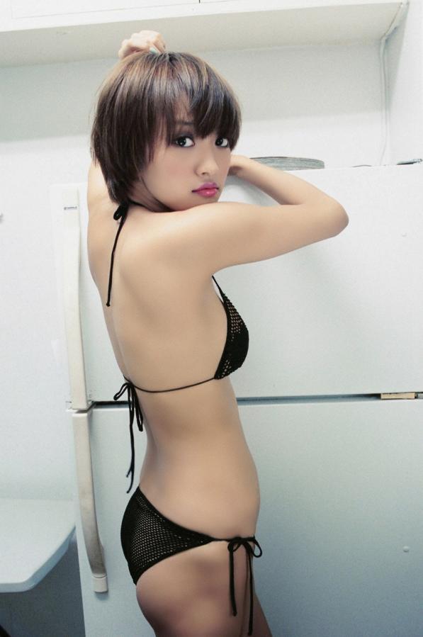 【おっぱい】女優としてもグラビアでもタレントとして大活躍中の夏菜さんの画像がエロすぎる!【30枚】 28