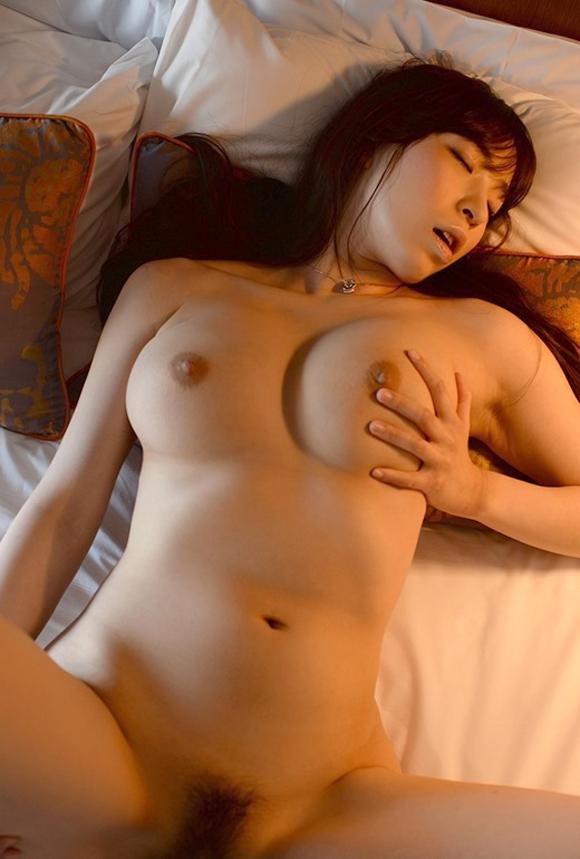 【おっぱい】高身長でGカップの巨乳ちゃん!彼女にしたい女優・香山美桜ちゃんの大きなおっぱい画像がエロすぎる!【30枚】 01
