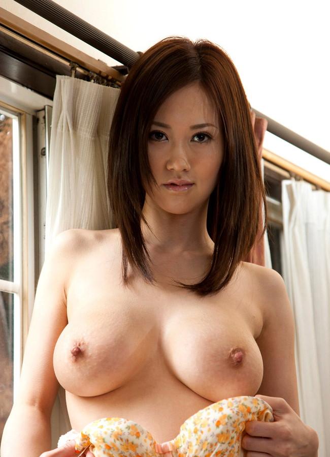 【おっぱい】Jカップの爆乳で大人気なAV女優・菅野さゆきさんの大きなおっぱい画像がエロすぎる!【30枚】 05