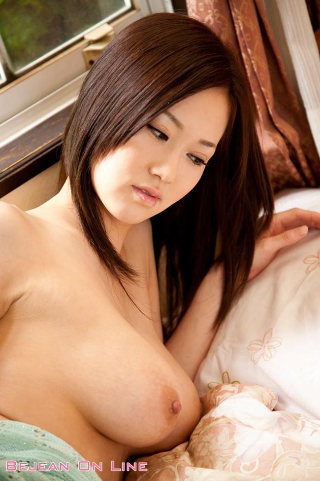 【おっぱい】Jカップの爆乳で大人気なAV女優・菅野さゆきさんの大きなおっぱい画像がエロすぎる!【30枚】 07