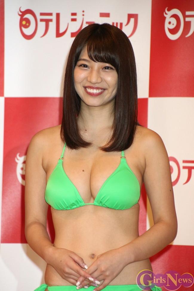 【おっぱい】ダンスユニットに所属しているFカップ巨乳グラビアアイドルの久松かおりちゃんのおっぱい画像がエロすぎる!【30枚】 04