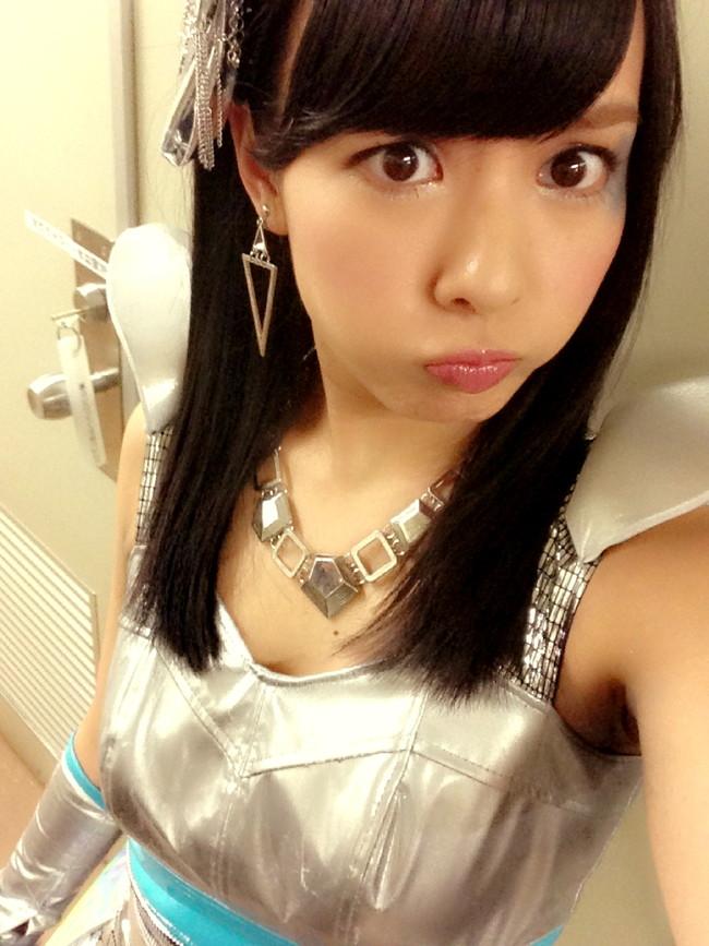 【おっぱい】女性アイドルグループNMB48で大人気だった山田奈々ちゃんの可愛らしい画像がエロすぎる!【30枚】