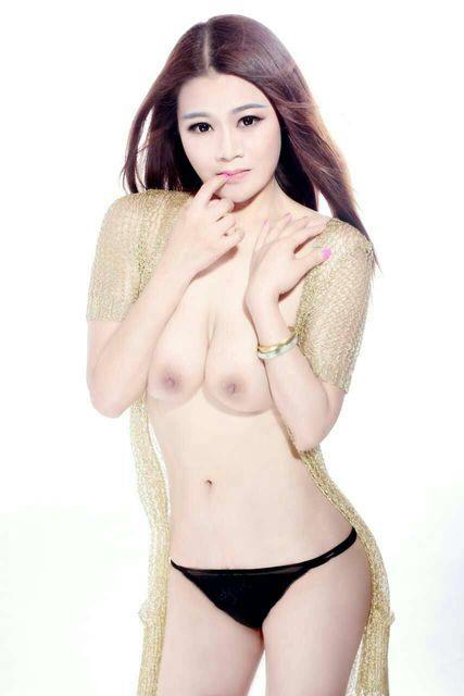 【おっぱい】香港の風俗嬢のおっぱいが規格外でエロすぎる! 13