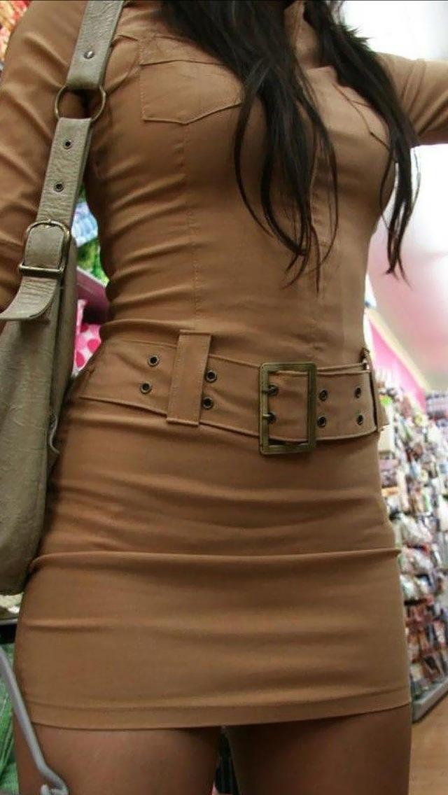 【おっぱい】服の上からも丸わかりなふっくらおっぱいがエロすぎる!【30枚】 12