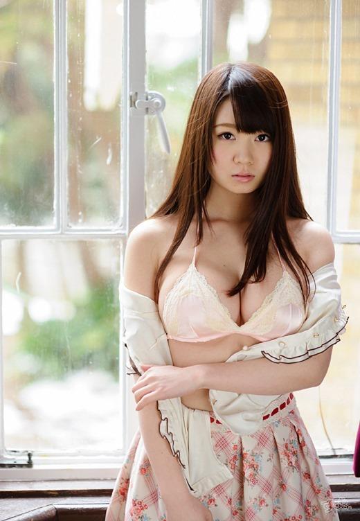 【おっぱい】夢乃あいかの触りたくなるぷるぷるおっぱいがエロすぎる!【30枚】 19