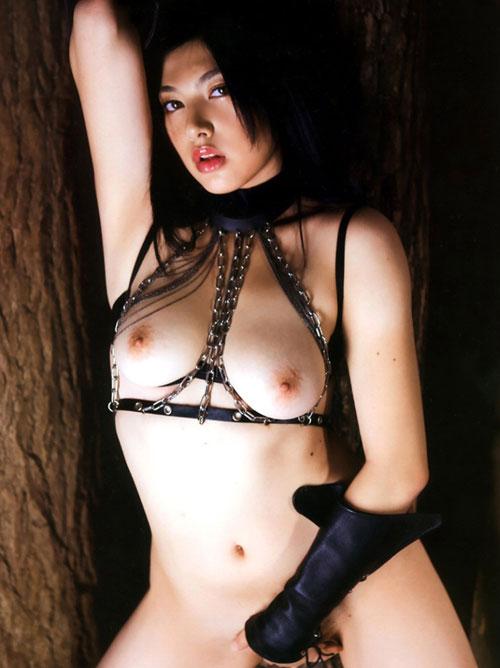 【おっぱい】セクシーランジェリーをつけて誘惑してくる美女のおっぱいがエロすぎる【30枚】 17