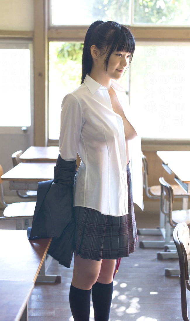 【おっぱい】巨乳がワイシャツやブラウスを着てる姿がエロすぎる!【30枚】 29