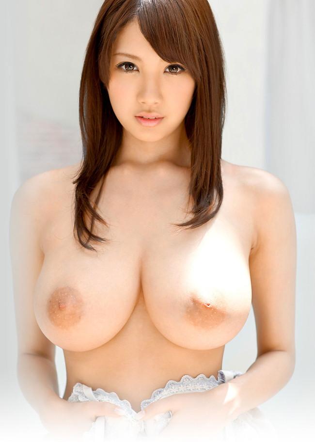 【おっぱい】宇都宮しをんのJカップ爆乳おっぱいがエロすぎる!【30枚】 05