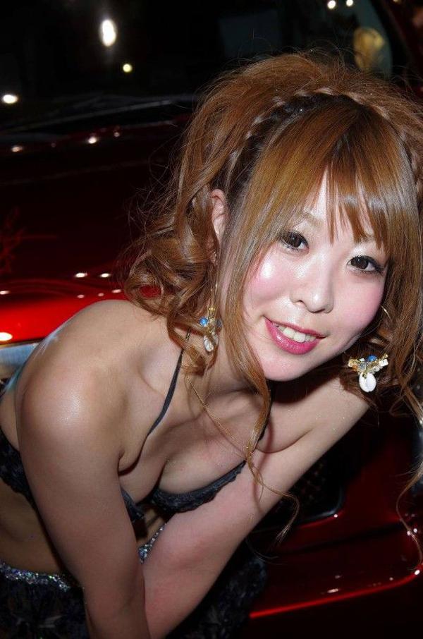 【おっぱい】キャンギャル・RQの豊満なおっぱいがエロすぎる!【30枚】 29