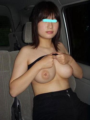 【おっぱい】車の中でエッチなことされちゃう女の子のおっぱいがエロすぎる【30枚】