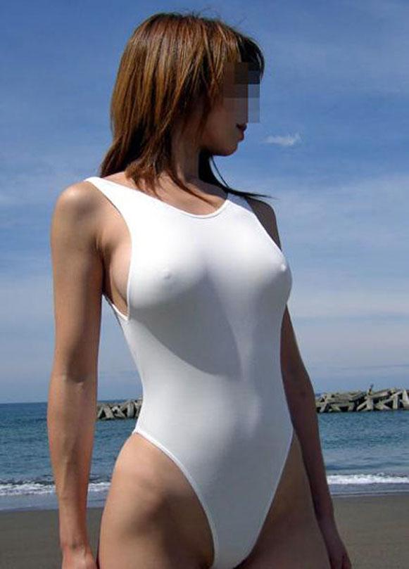 【おっぱい】ノーブラで乳首が服の上からポッチしちゃってるおっぱいがエロすぎる【30枚】 15