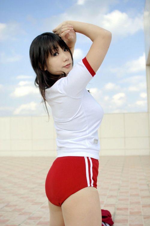 【おっぱい】体操服コスの女の子のおっぱいが懐かしい上にエロすぎる【30枚】  01