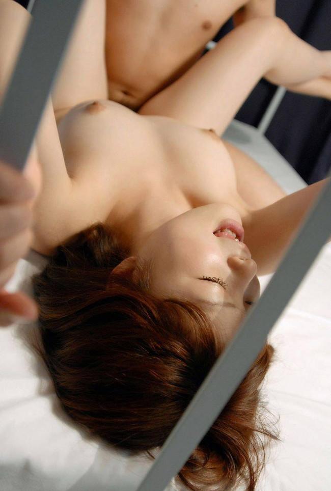 【おっぱい】SEXが最高にはかどりそうな正常位で揺れまくるおっぱいがエロすぎる【30枚】 09