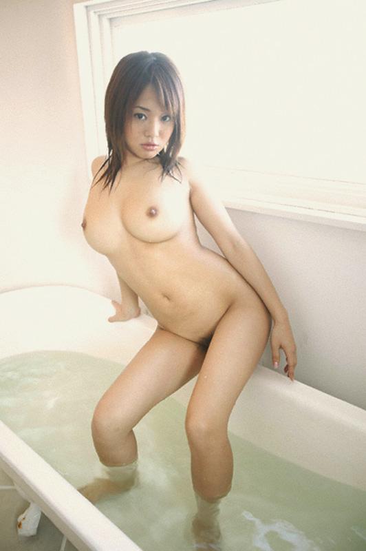 【おっぱい】毎日拝みたいほどお風呂で拝むおっぱいが癒される上にエロすぎる【30枚】 03