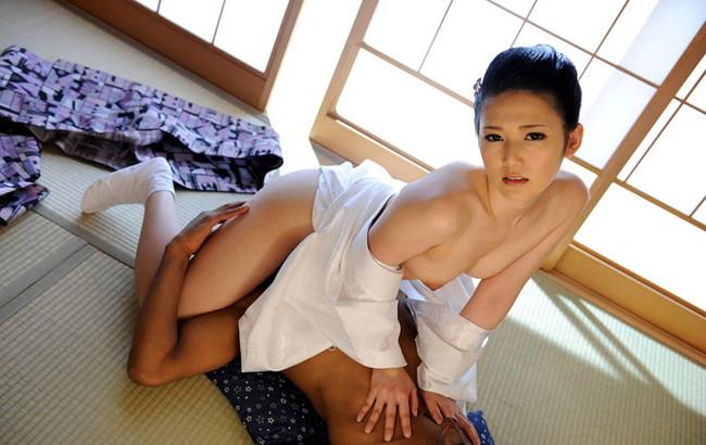 【おっぱい】日本に生まれてよかったと心から思う着物からチラリと見えるおっぱいがエロすぎる【30枚】 08