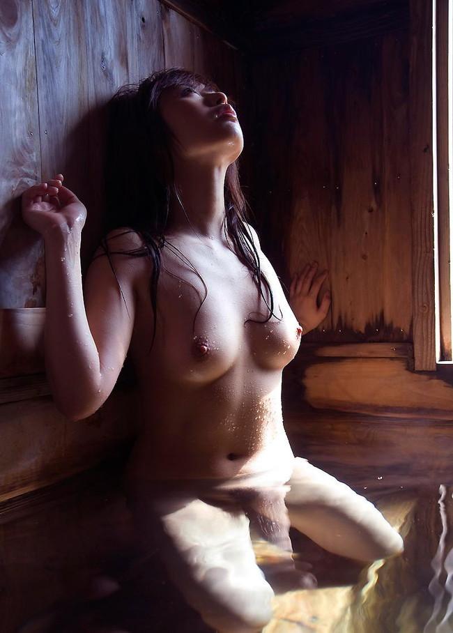 【おっぱい】1日の終わりに美女とお風呂なんていかが?おっぱい丸出しで一緒に入ってくれる美女がエロすぎる【30枚】 03