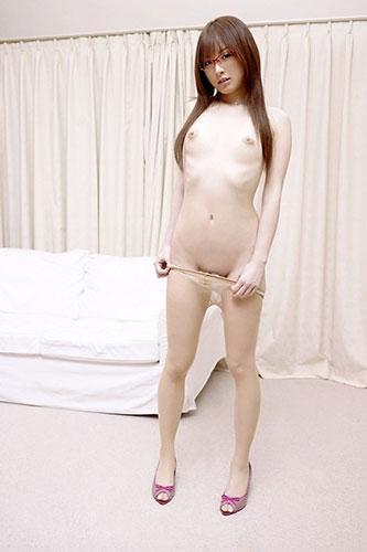 【おっぱい】モデル体型なのにおっぱいが美乳すぎるお姉さんがエロすぎる【30枚】 03