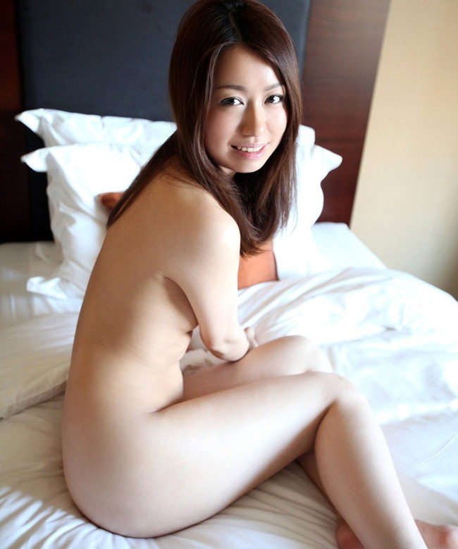 【おっぱい】モデル体型なのにおっぱいが美乳すぎるお姉さんがエロすぎる【30枚】 15