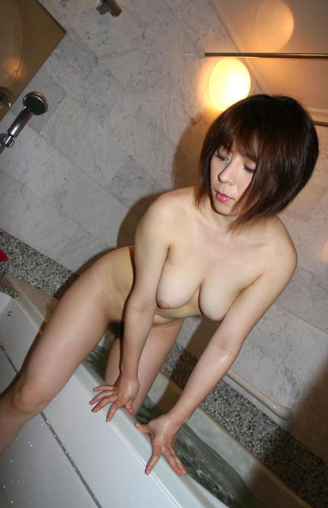 【おっぱい】水も滴るいい女!お風呂で綺麗になったおっぱいがエロすぎる【30枚】 04