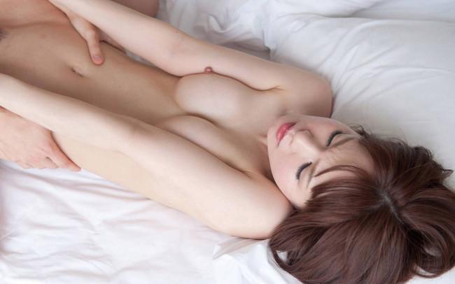 【おっぱい】正常位でハメられる女の子のおっぱいが可愛すぎてエロすぎる【30枚】 03
