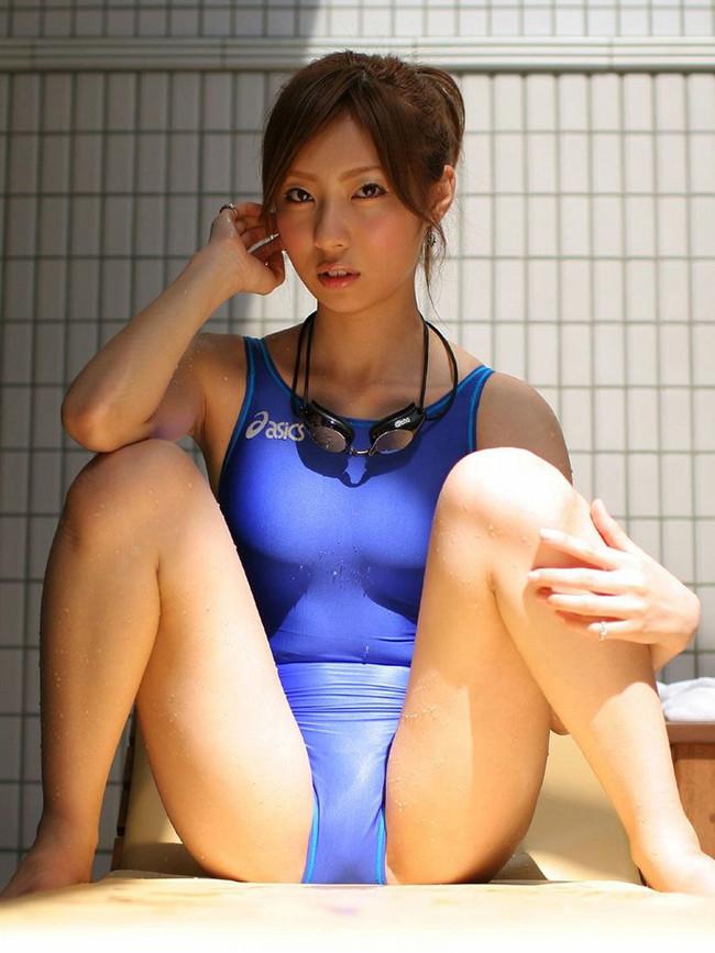 【おっぱい】夏はこれからな水着姿で強調されたおっぱいがエロすぎる【30枚】  17