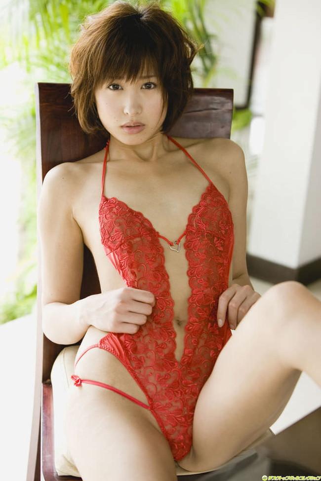 【おっぱい】赤い下着で誘惑してくる巨乳の女がエロすぎる!【30枚】 16