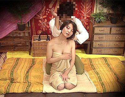 タイ古式マッサージに行ったら日本語の通じないタイ人がマッサージ師であれよあれよと服を脱がされていき…www