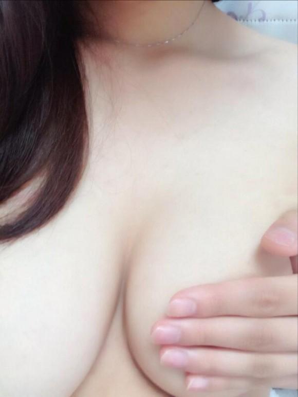 【おっぱい】素人娘の自撮りおっぱい画像集めてみちゃいました! 14