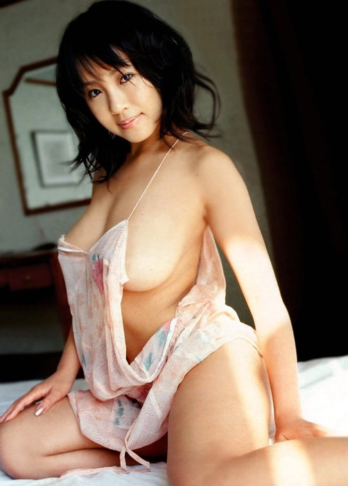 【おっぱい】裸エプロンこそ男の正義!そんなエロ画像集めてみました! 19