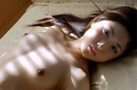 【貧乳 乳首】貧乳女子やちっぱりロリ美少女のほうが乳首がコリコリ勃起してて巨乳の女の子よりもエロくてしゃぶり甲斐がある件ww 29