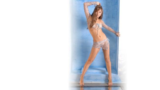 【おっぱい】ナイスバディーなブロンズ美女の激しいエロ画像! 25