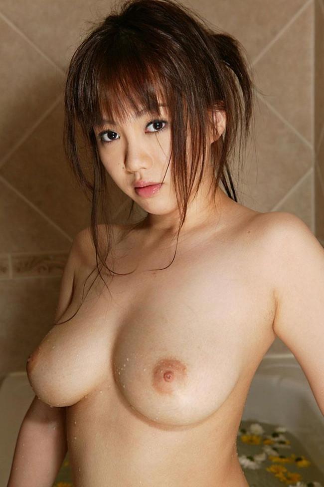 【おっぱい】ぷりぷりしたお肌の女の子たちのシャワー入浴シーンを集めてみた! 15