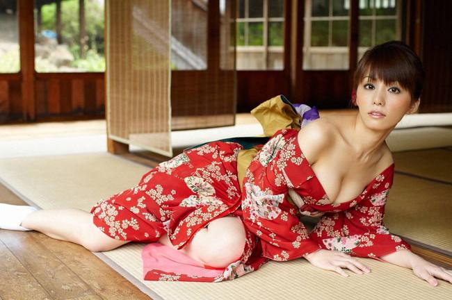 【おっぱい】日本の美!着物の美しさと女性の愛らしさを掛け合わせたらとんでもないことになった! 28