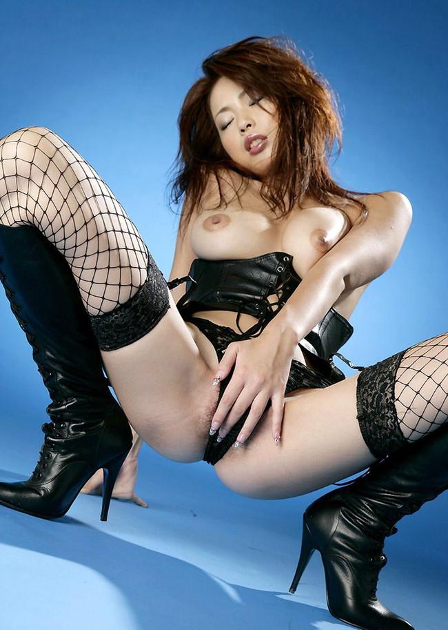 【おっぱい】セクシーランジェリーで誘惑してくる美巨乳お姉さまがスケベ過ぎる!【30枚】 10