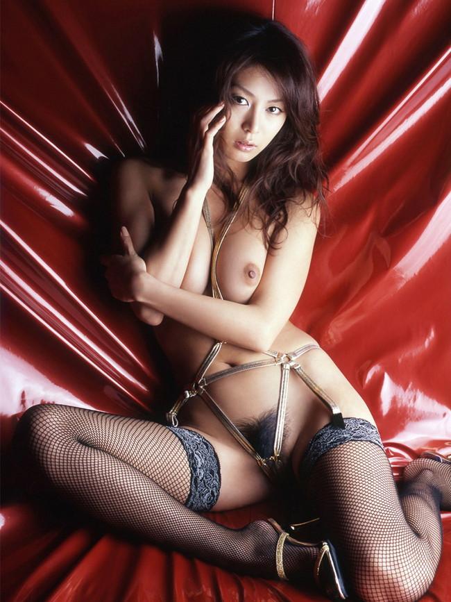 【おっぱい】セクシーランジェリーで誘惑してくる美巨乳お姉さまがスケベ過ぎる!【30枚】 26