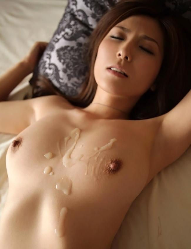【おっぱい】セックスのフィニュッシュはおっぱいにザーメンマーキング!【30枚】 15
