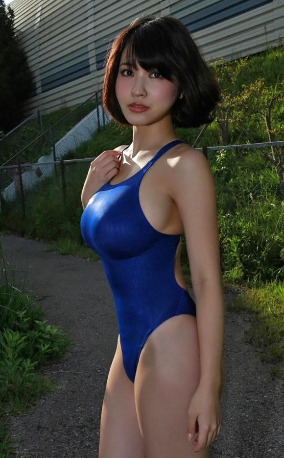 【おっぱい】競泳水着の上からでもおっぱいの形が分かっちゃうエロ画像【30枚】 10