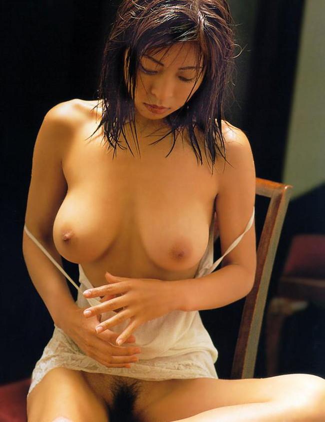 【おっぱい】脂が乗った熟女の巨乳がエロすぎる!【30枚】 17